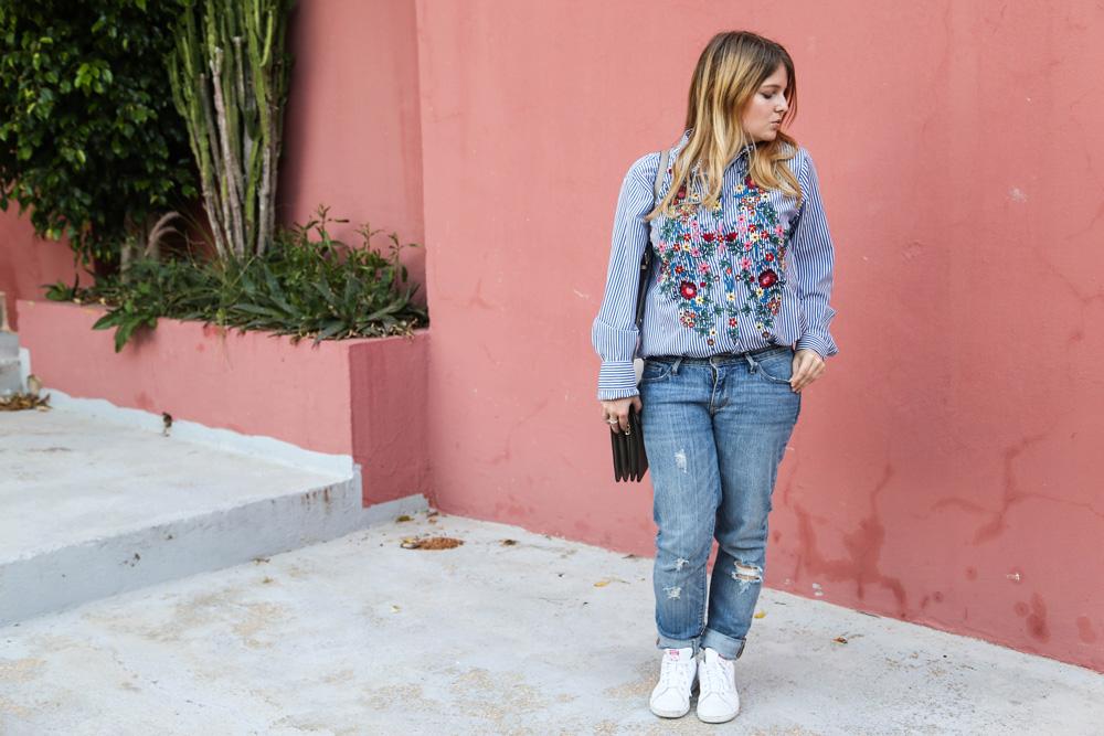 Outfit // Blumenstickerein und Streifenbluse – Ich bin keine Fashionbloggerin