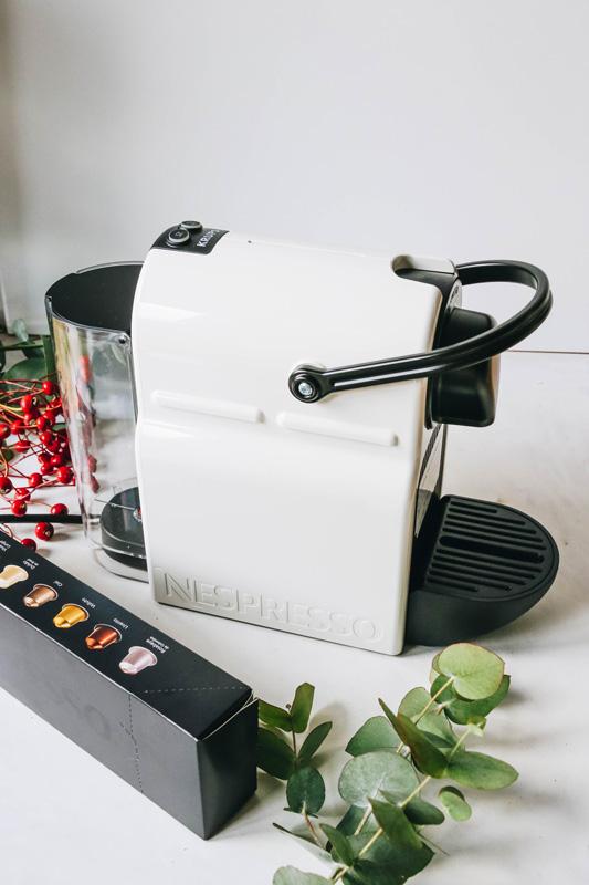 blogger adventskalender t rchen 23 krups nespresso kapselmaschine onefiftytwoblog. Black Bedroom Furniture Sets. Home Design Ideas