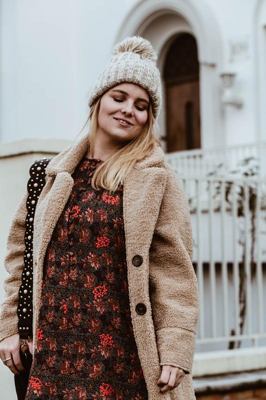 Outfit // Teddymantel trifft Herbstkleid